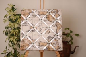 Taupe Atlas Noticeboard
